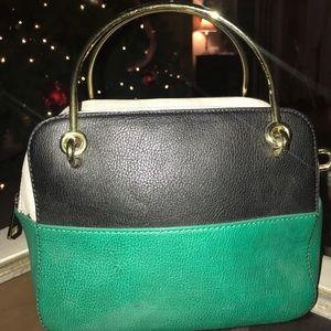 Gold handbag 👜